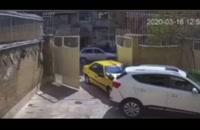 تصادف عجیب یک تاکسی در خیابان سمیه - تهران
