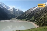 دریاچه آلماتی با طبیعت برفی در قلب کوه های قزاقستان - بوکینگ پرشیا