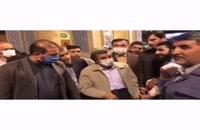 رفتار عجیب احمدینژاد با یک نوزاد به رغم شیوع ویروس کرونا در قم