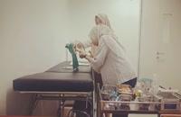 فیلم آموزش ختنه به خانم  های مسلمان در اندونزی