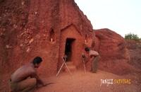 بقای جنگل: چگونه می توان زیباترین استخر داخل زمین و خانه غار زیرزمینی را ساخت