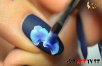 فیلم آموزش طراحی گل روی ناخن با لاک تیره